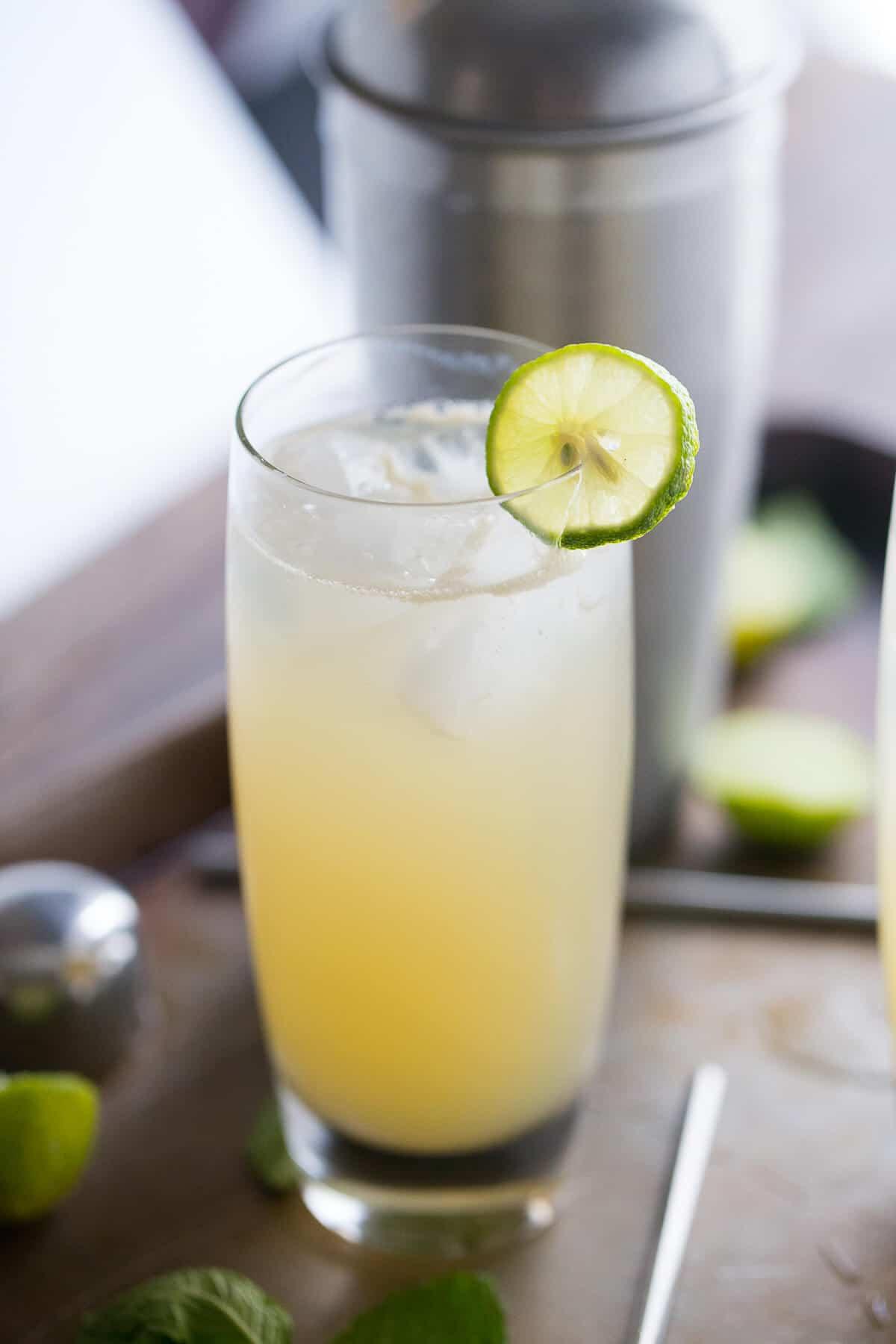 Drinks Made With Vodka  Key Lime Vodka Collins LemonsforLulu
