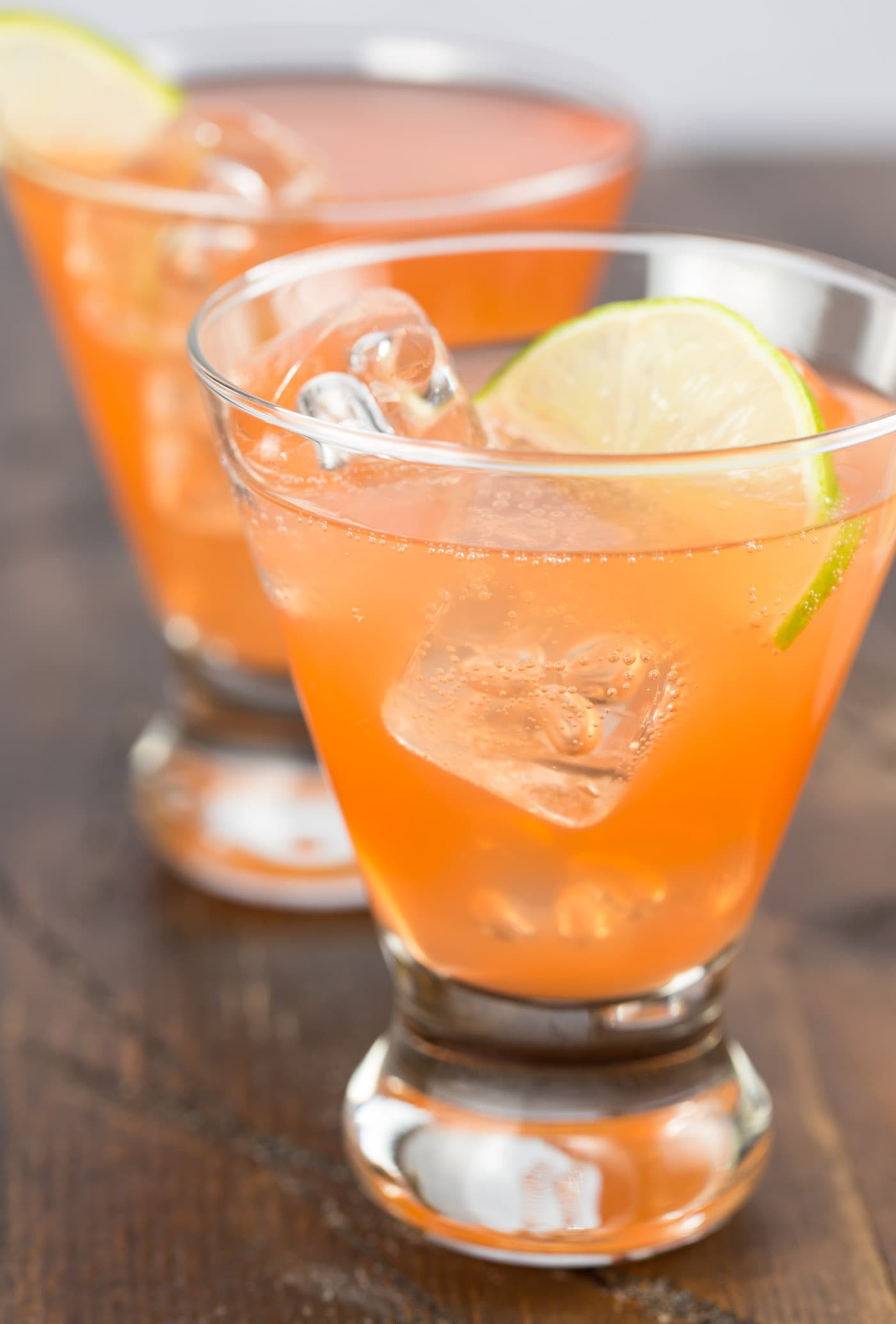 Drinks To Make With Gin  Aperol Gin Cocktail Recipe Garnish with Lemon