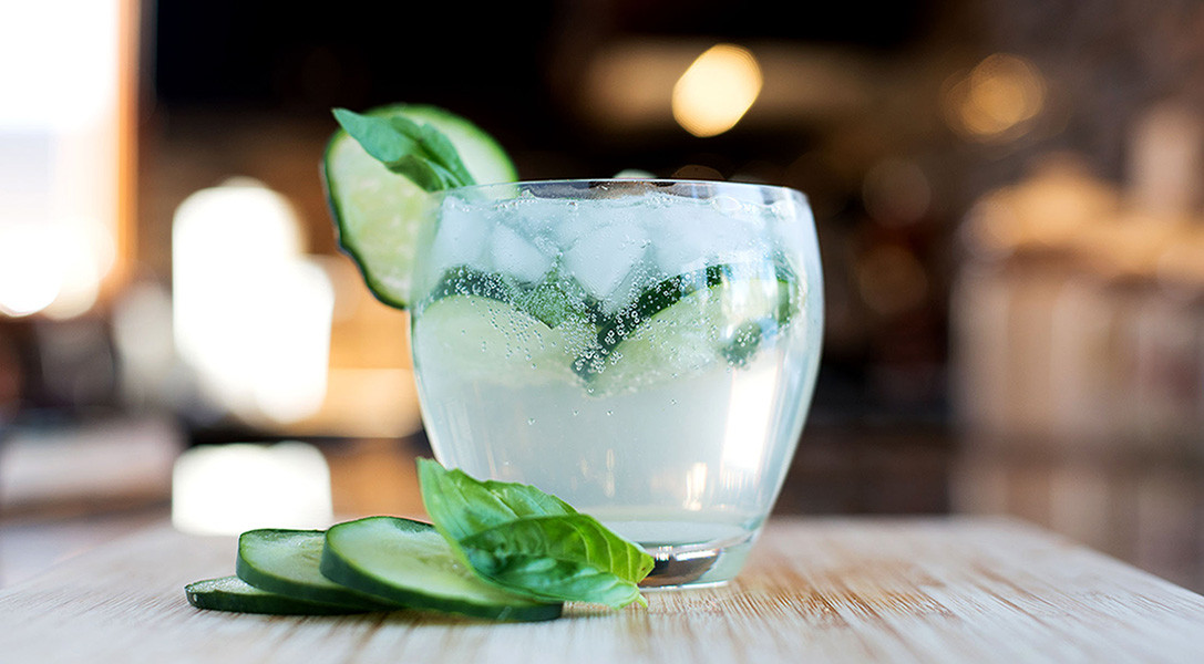 Drinks To Make With Gin  Essential Cocktail Recipes 30 Best Gin Drinks