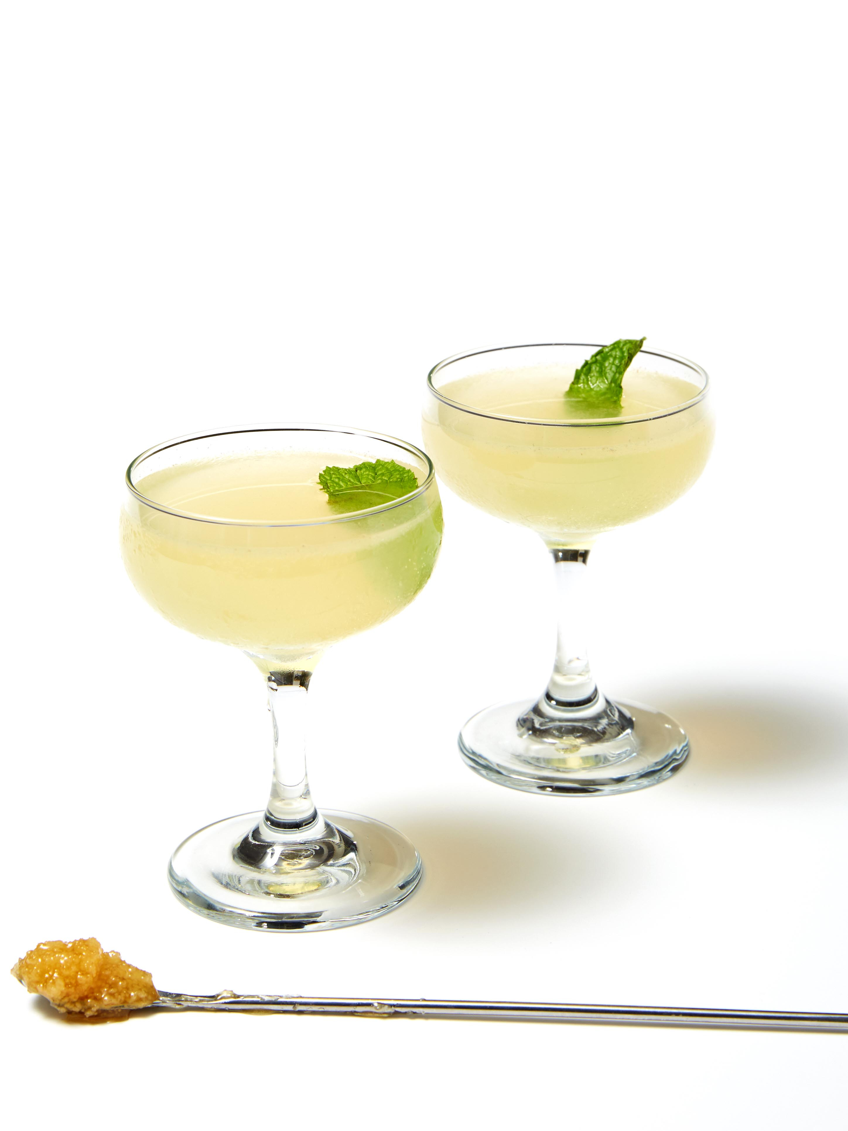 Drinks To Make With Vodka  Best Vodka Cocktails Easy Cocktail Recipes With Vodka
