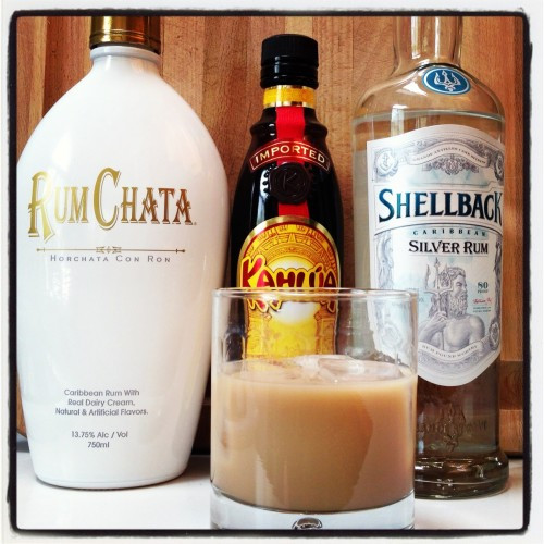 Drinks With White Rum  Review Rum Chata Horchata Con Ron Drink Spirits