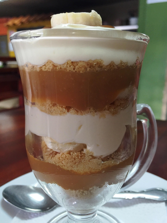 Dulce De Leche Desserts  Sweet & Easy Dulce de Leche Dessert With Banana and