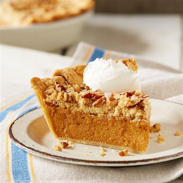 Eagle Brand Pumpkin Pie  Salted Caramel Streusel Pumpkin Pie