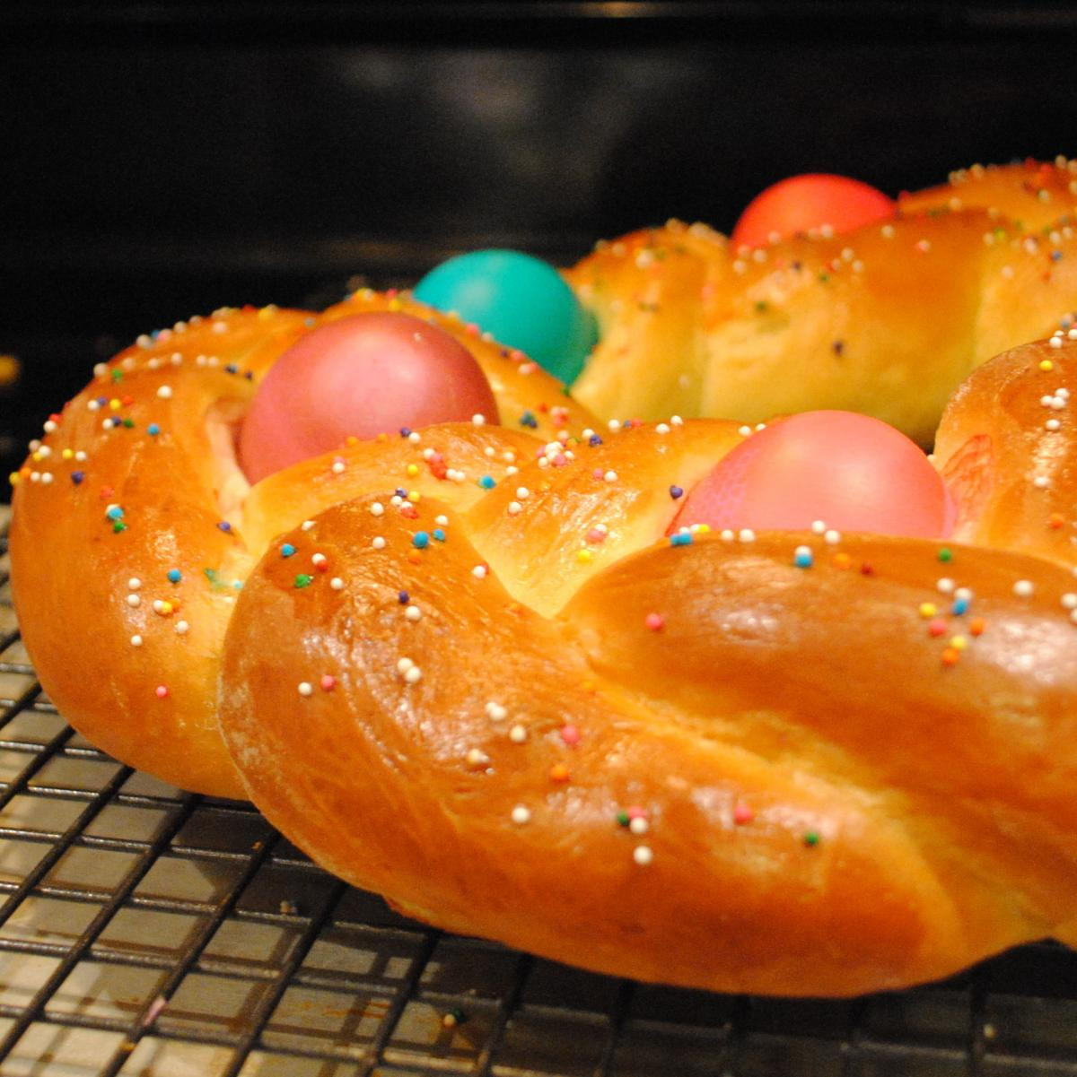 Easter Egg Bread  8 Sweet and Edible Easter Bread Centerpieces Dish