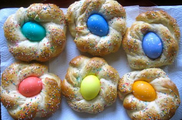 Easter Egg Bread  The Cultural Dish Buona Pasqua Happy Easter with Italian