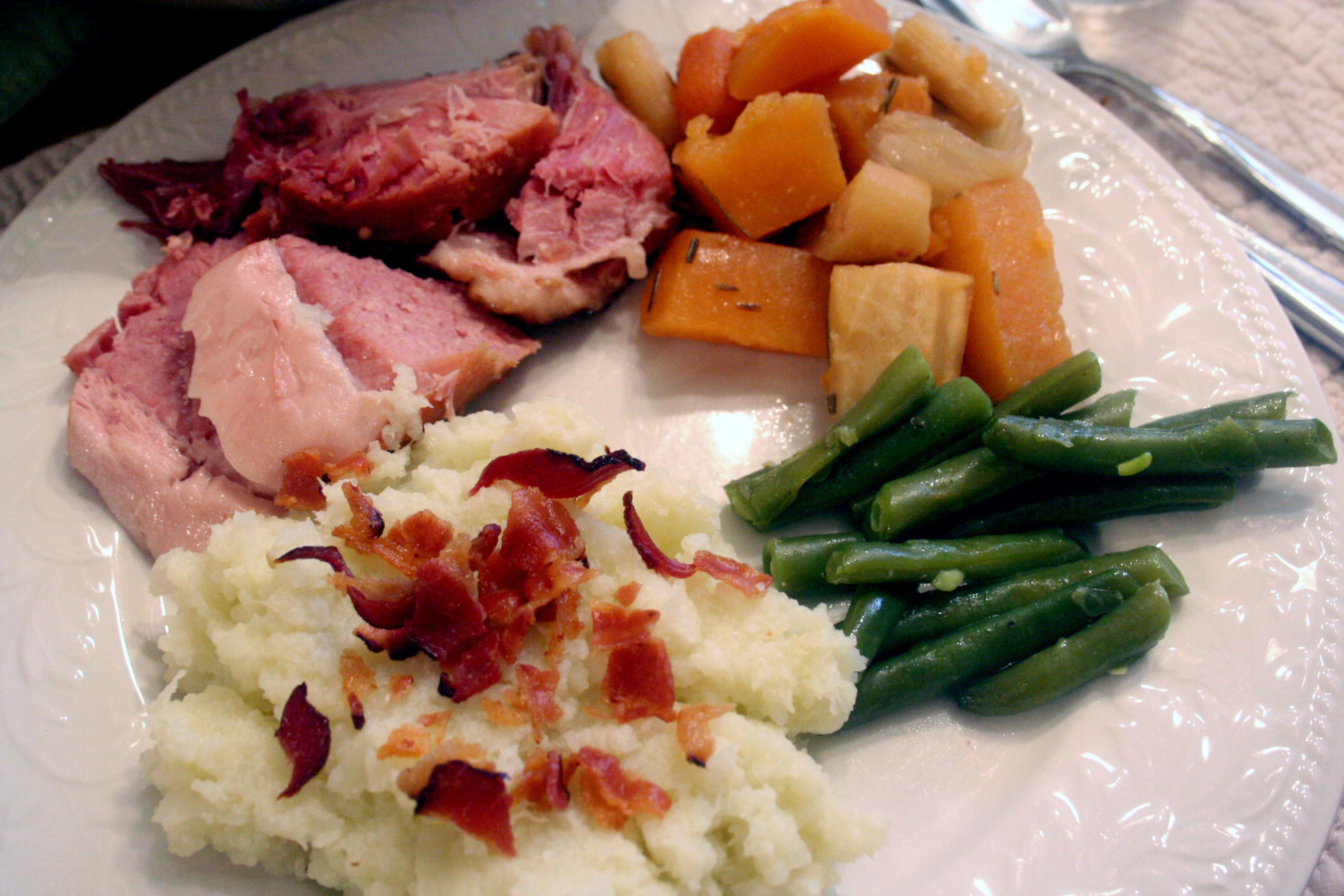 Easter Ham Dinner  Happy Easter