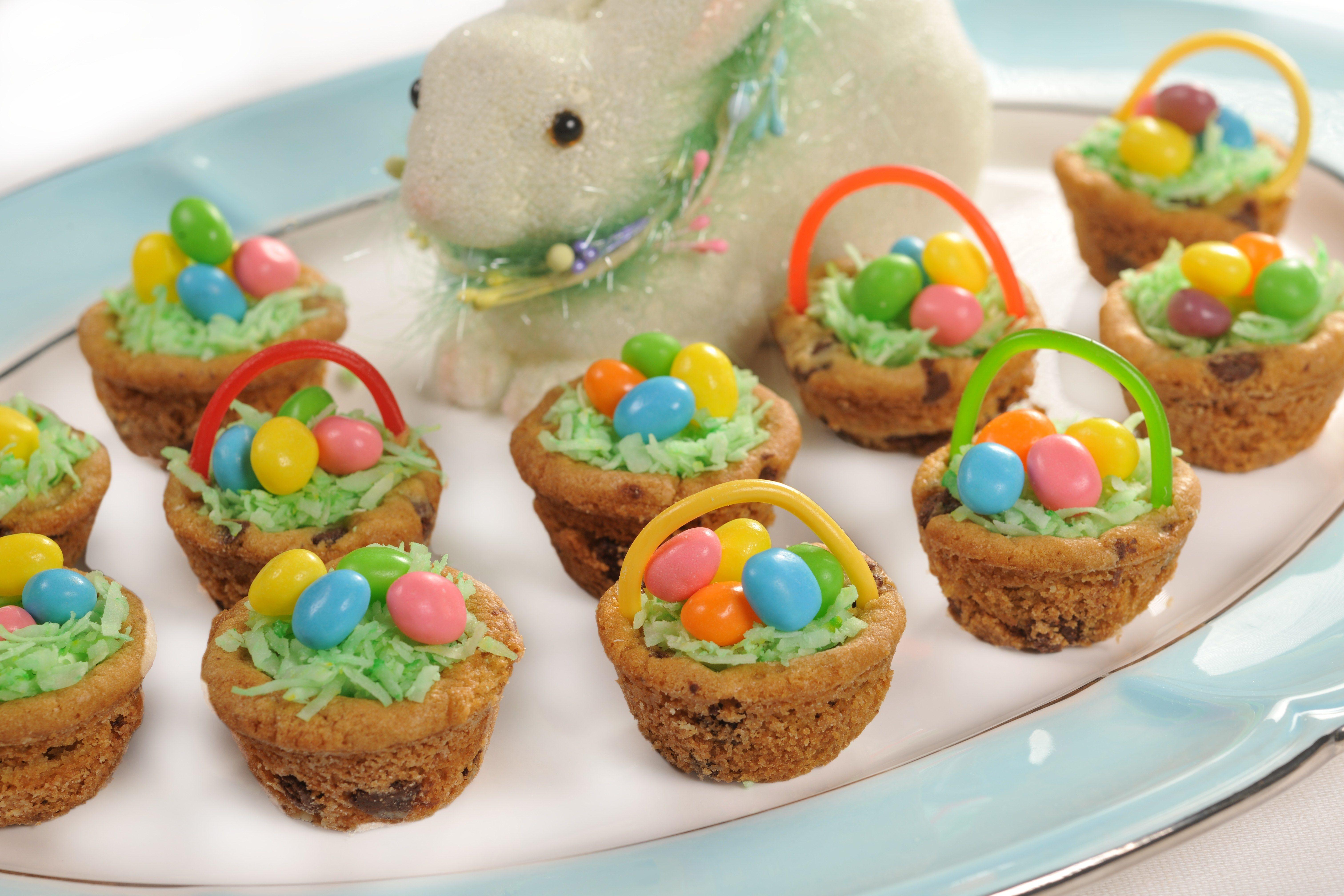 Easter Themed Desserts  Easter basket and egg theme desserts