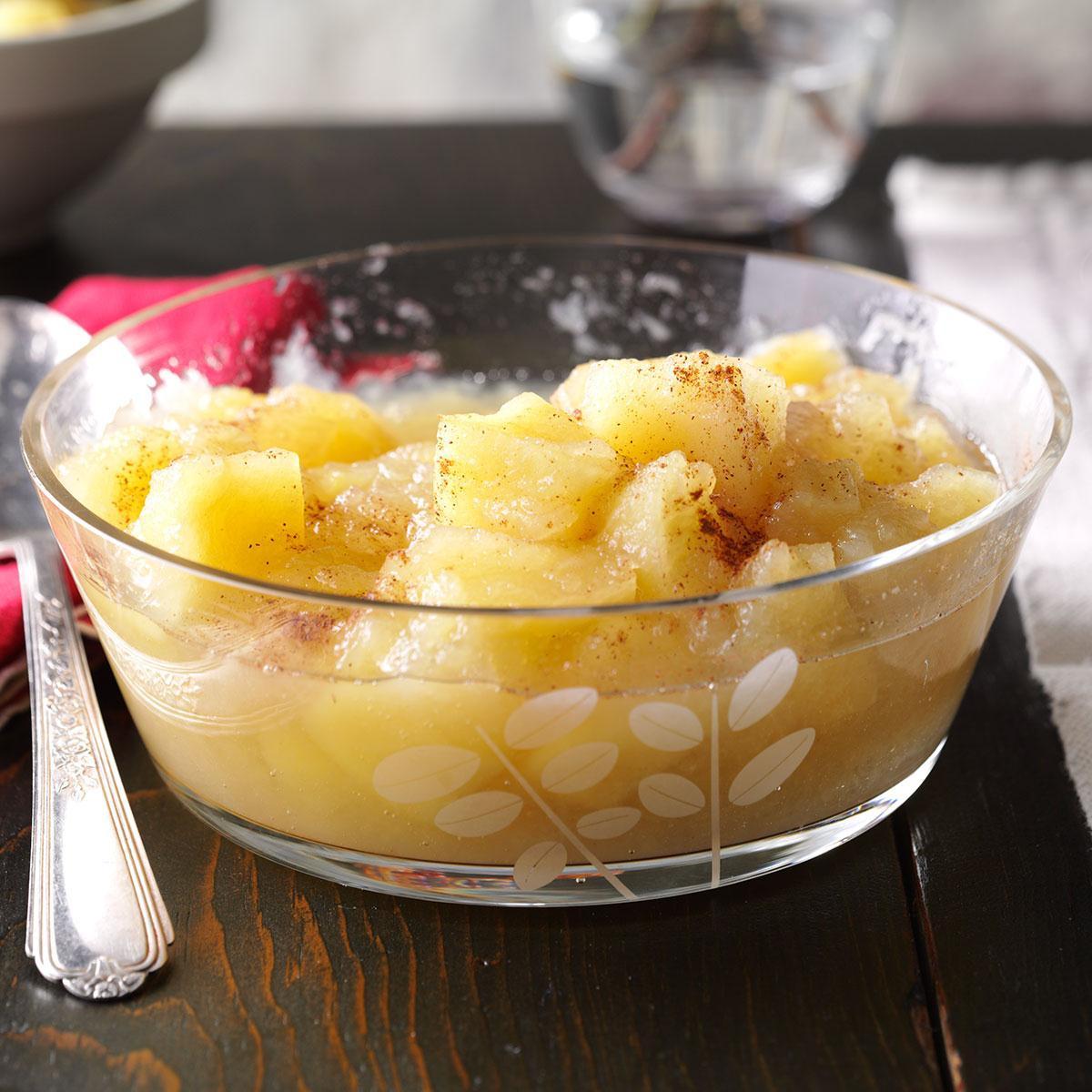 Easy Applesauce Recipe  Easy Homemade Chunky Applesauce Recipe