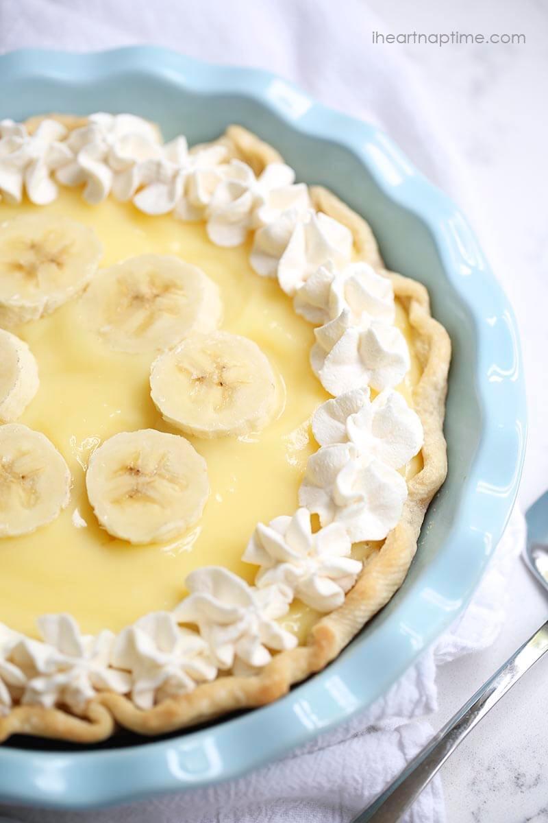 Easy Banana Cream Pie Recipe  Easy banana cream pie recipe I Heart Nap Time
