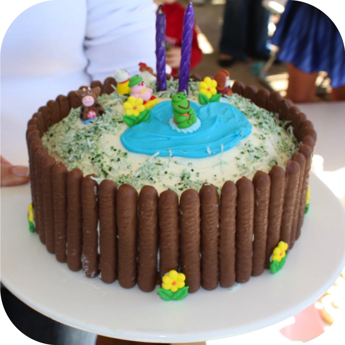 Easy Birthday Cake  Quick and simple kids birthday cake ee i ee i oh