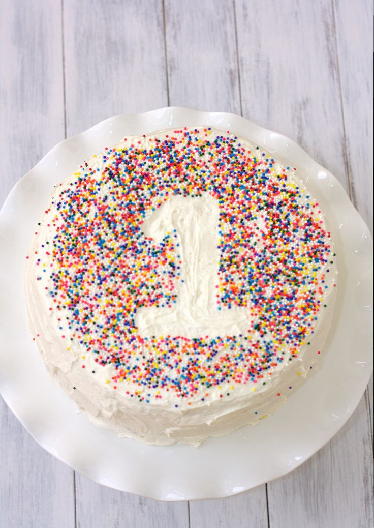Easy Birthday Cake  25 best ideas about Simple First Birthday on Pinterest