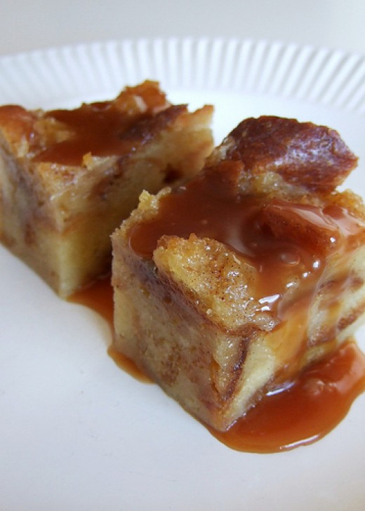 Easy Bread Pudding Recipe  Easy Bread Pudding Recipe With Whiskey Sauce