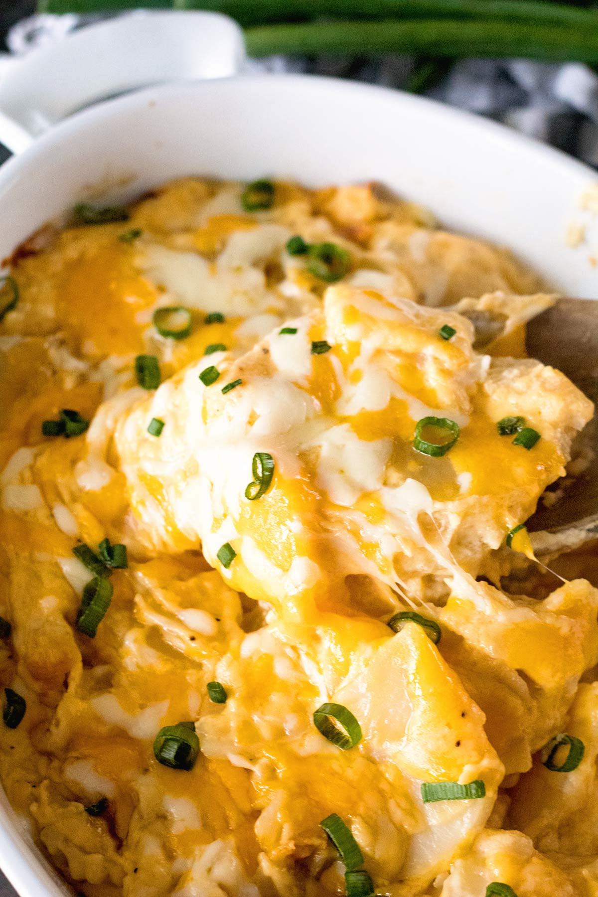 Easy Cheesy Scalloped Potatoes  Easy Cheesy Scalloped Potatoes Julie s Eats & Treats