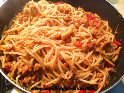 Easy Chicken Spaghetti  Easy Chicken Spaghetti Bolognese