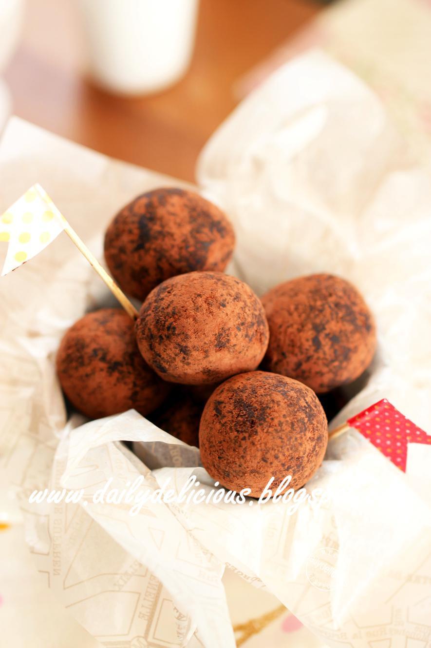 Easy Chocolate Desserts  dailydelicious Quick Fix Desserts Easy Chocolate Truffles