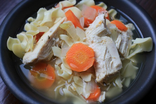 Easy Crockpot Chicken Noodle Soup  Easy Slow Cooker Recipes Chicken Noodle Soup e