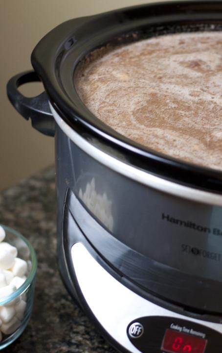 Easy Crockpot Hot Chocolate With Cocoa Powder  Creamy Crock Pot Hot Chocolate