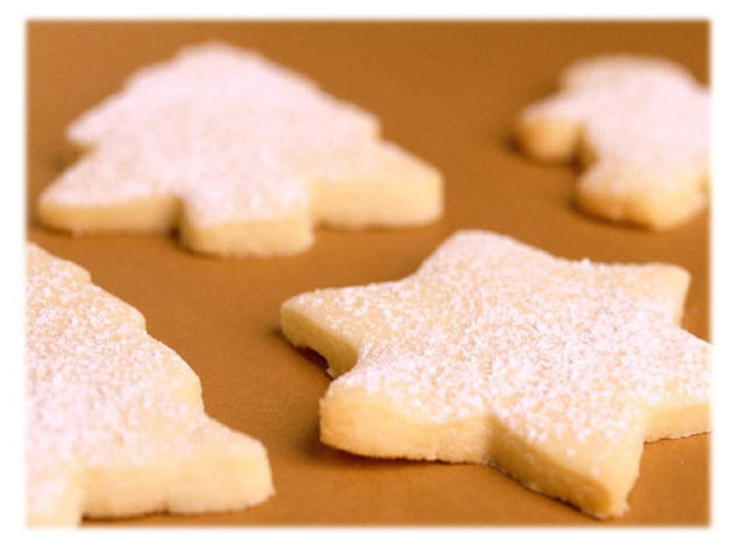 Easy Cut Out Sugar Cookies Recipes  Easy to Make Recipe Cut Out Sugar Cookies