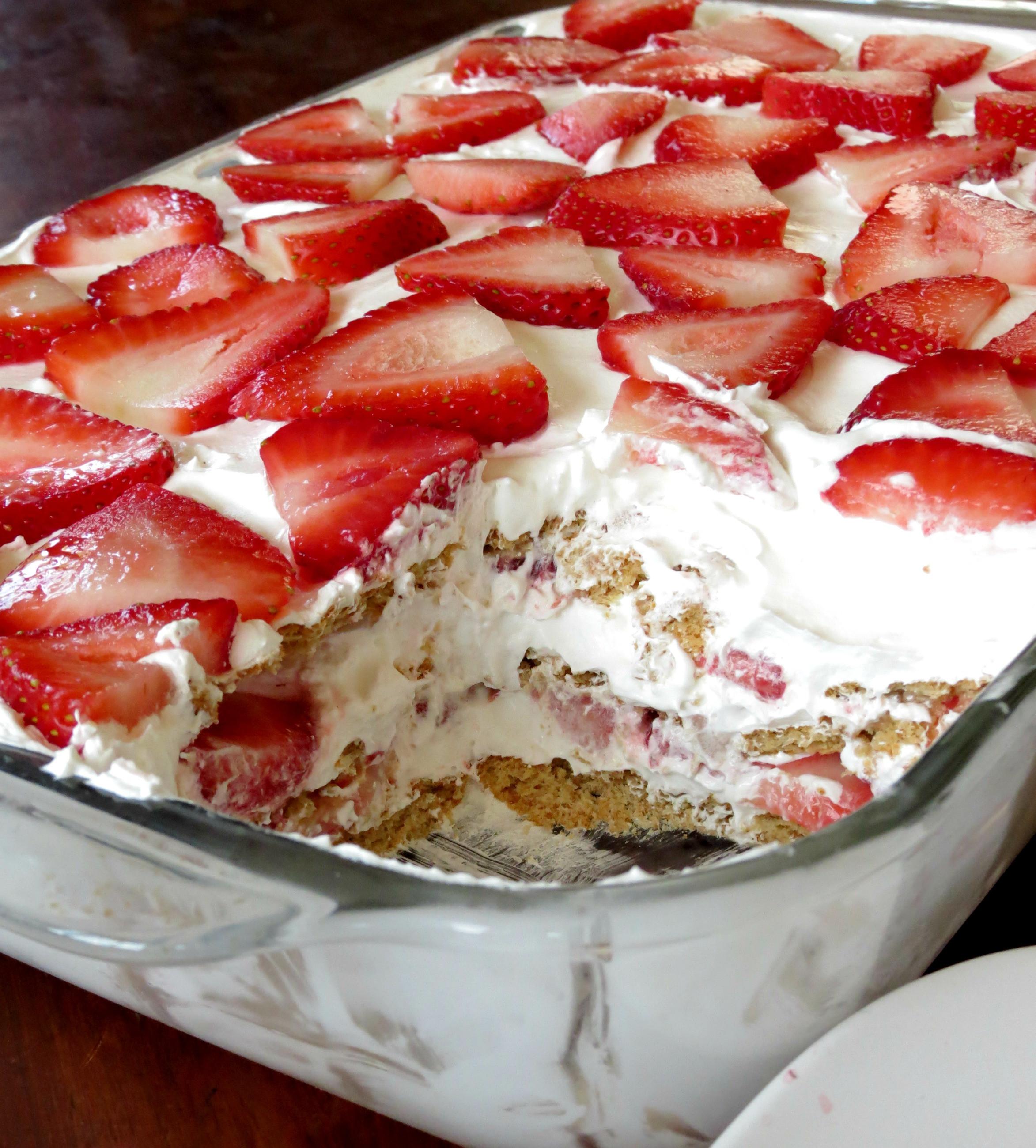 Easy Dessert Ideas  Strawberry Icebox Cake Sprinkle Some Sugar