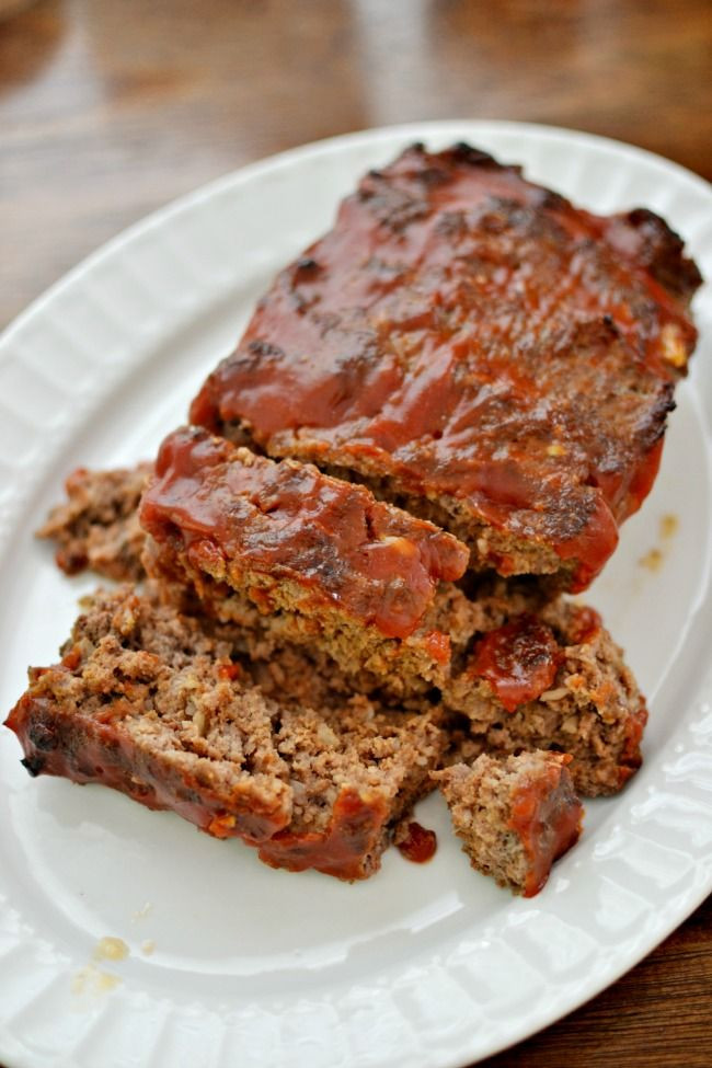 Easy Ground Beef Recipes With Few Ingredients  This meatloaf recipe is easy with just a few simple