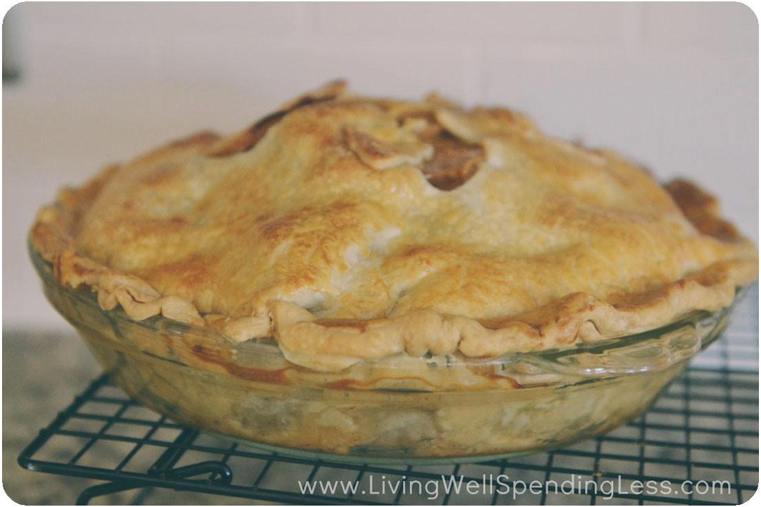 Easy Homemade Apple Pie  Oh So Easy Caramel Apple Pie