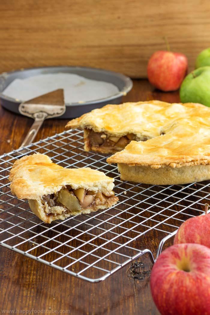 Easy Homemade Apple Pie  Easy Homemade Apple Pie Recipe Happy Foods Tube