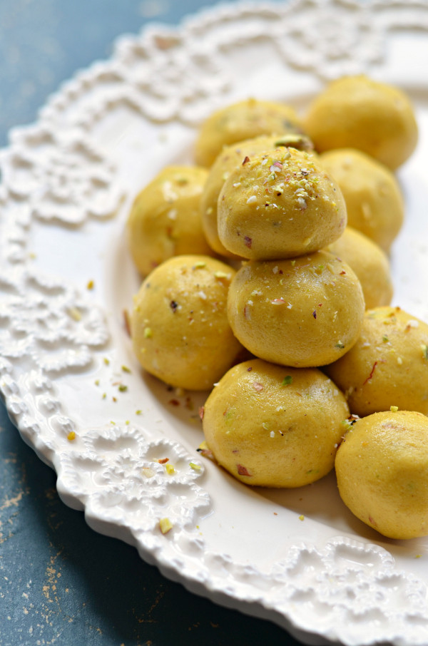 Easy Indian Dessert Recipes  Besan laddoo Easy Indian sweets recipe