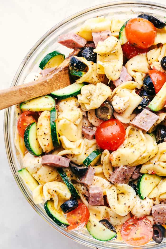 Easy Italian Pasta Salad  Easy Italian Tortellini Pasta Salad