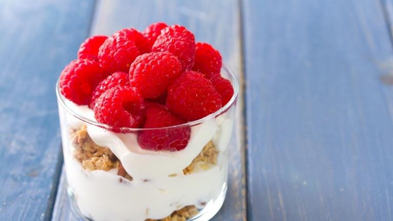 Easy Light Desserts  How to make an easy and light Tiramisù with yogurt