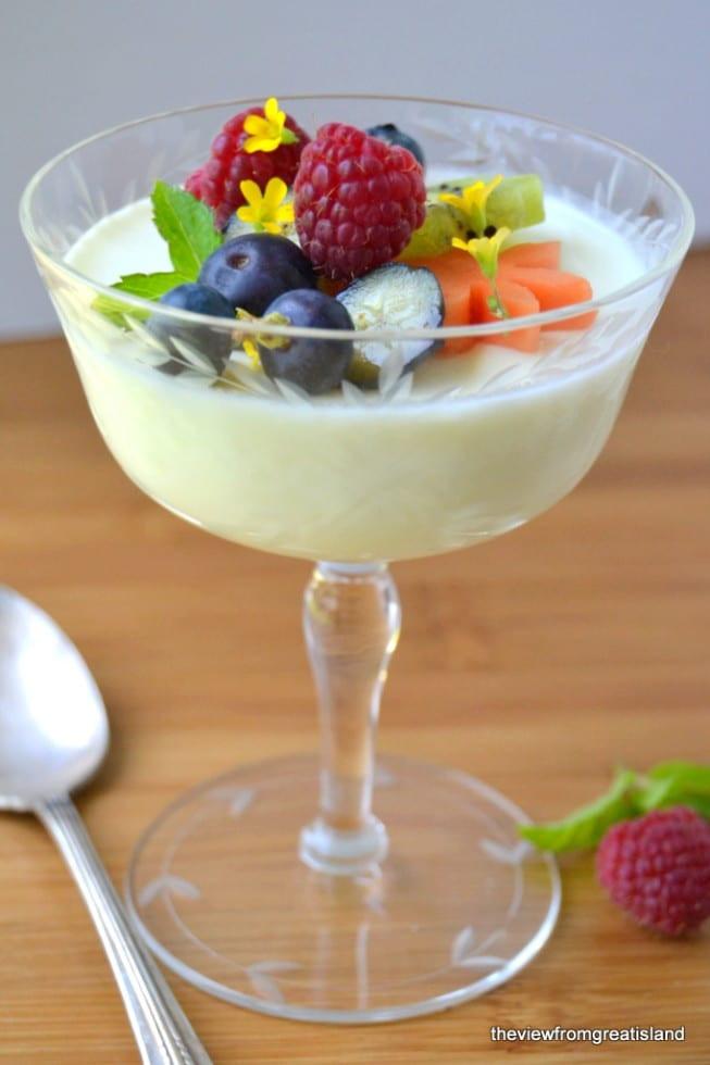Easy Light Desserts  Lemon Panna Cotta