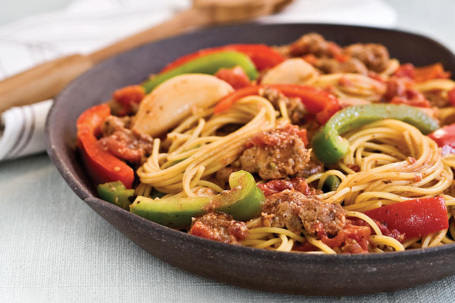 Easy Main Dishes  Spaghetti With Sausage and Peppers Quick and Easy Main