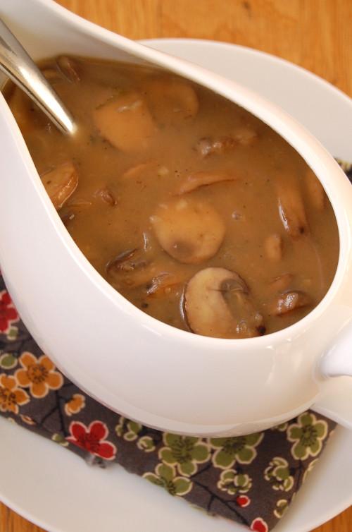 Easy Mushroom Gravy  Mushroom Gravy Its Not Easy Eating Green