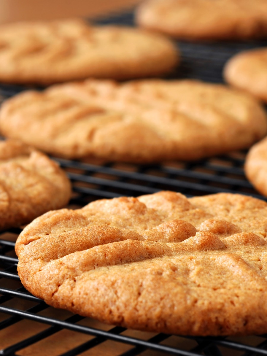 Easy Peanut Butter Cookies No Egg  2 ingre nt peanut butter cookies no egg