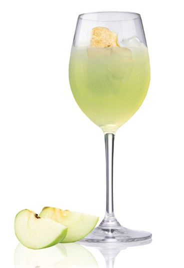 Easy Tequila Drinks  Patron Green Apple Tequila cocktails Easy cocktail