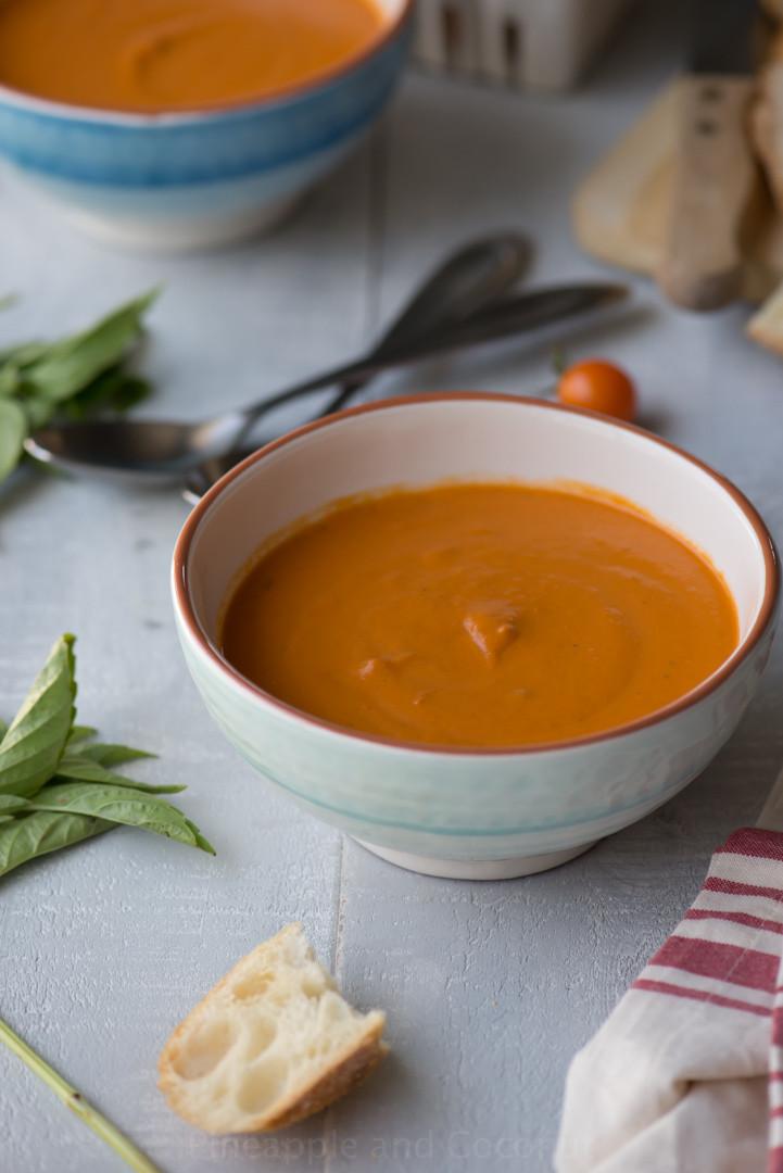 Easy Tomato Soup  Easy Creamy Tomato Soup