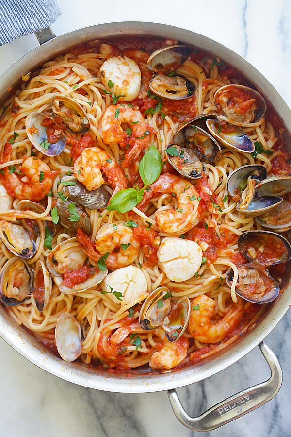 Easy Yummy Dinners  e Pot Seafood Pasta