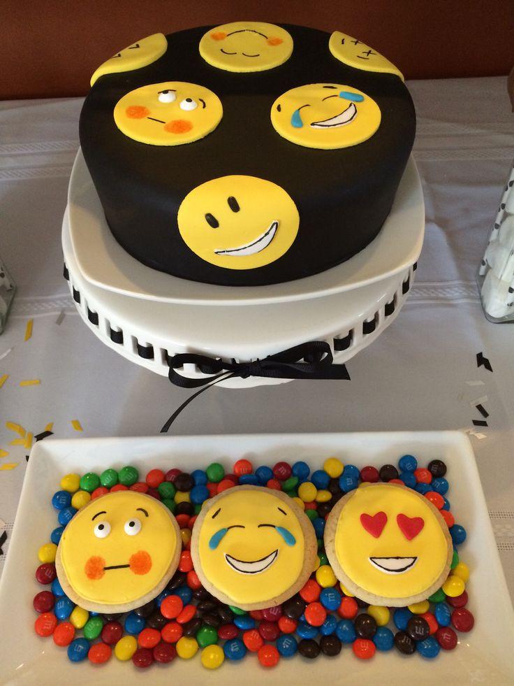 Emoji Birthday Cake  Emoji Cake☺️ Emoji Pinterest