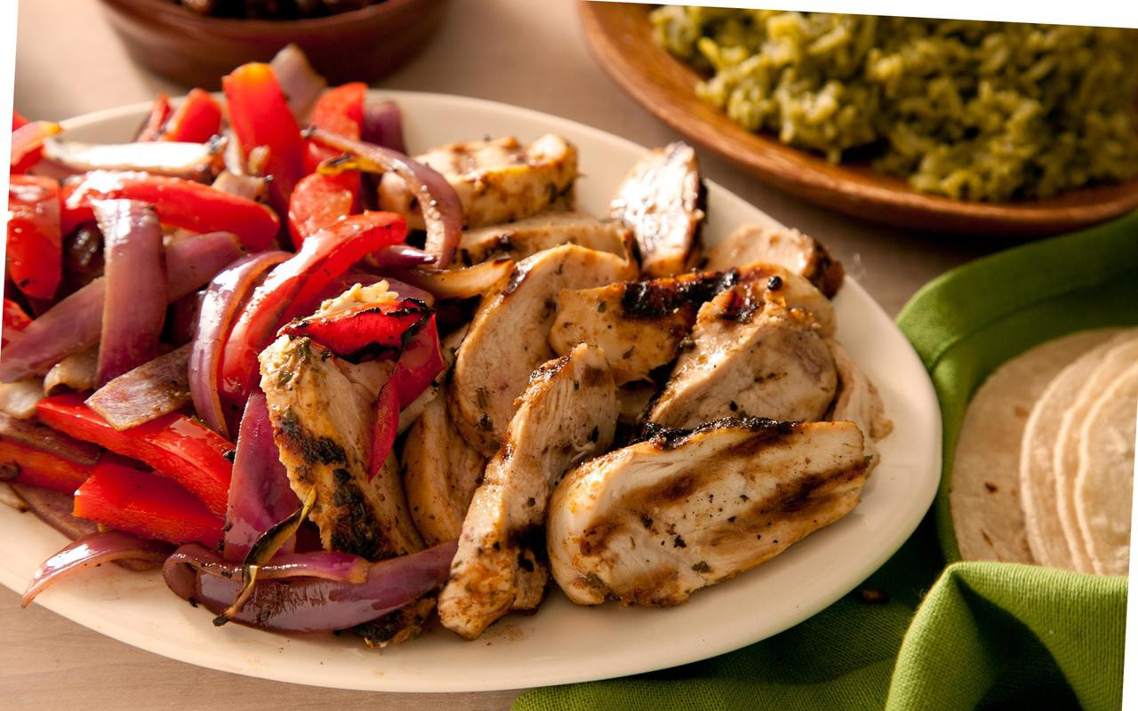 Fajitas Recipe Chicken  Basic Chicken Fajitas Recipe Chowhound