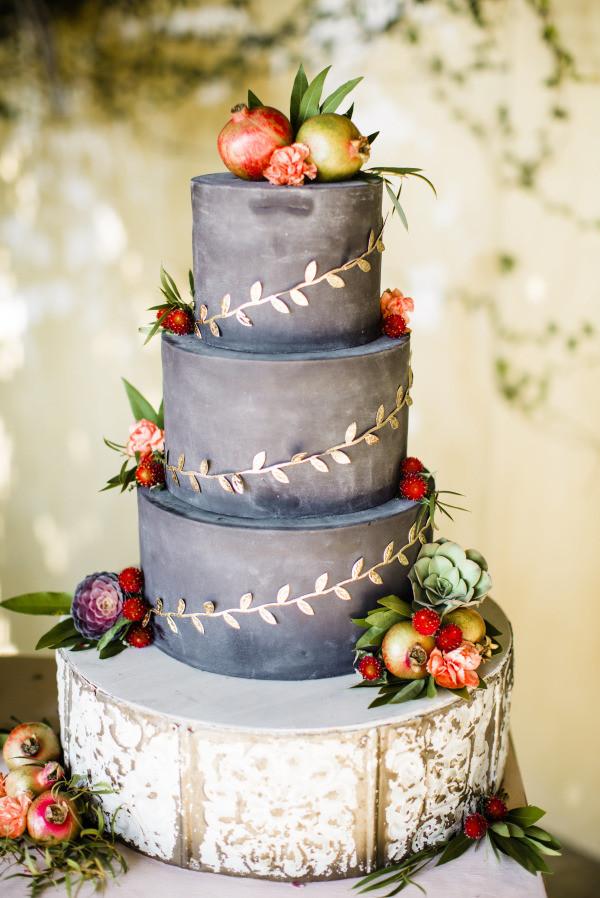 Fall Wedding Cakes  20 Rustic Wedding Cakes for Fall Wedding 2015