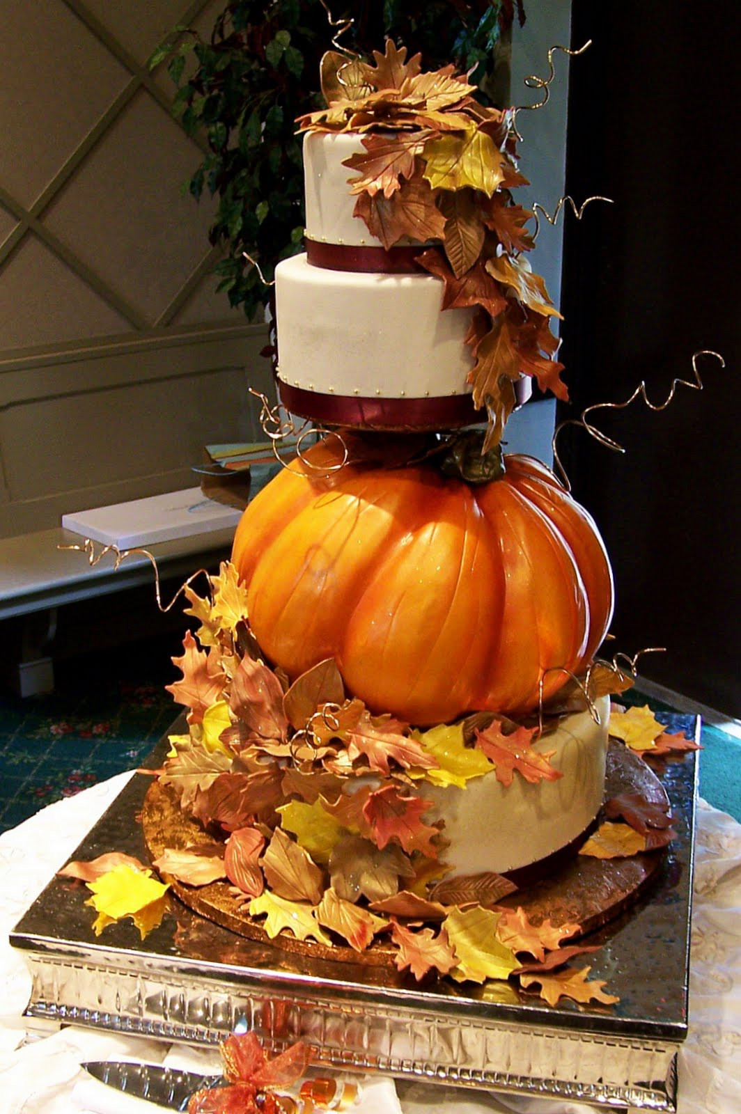Fall Wedding Cakes  45 Incredible Fall Wedding Cakes that WOW