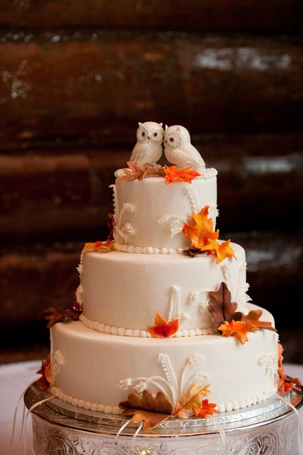 Fall Wedding Cakes  32 Amazing Wedding Cakes Perfect For Fall
