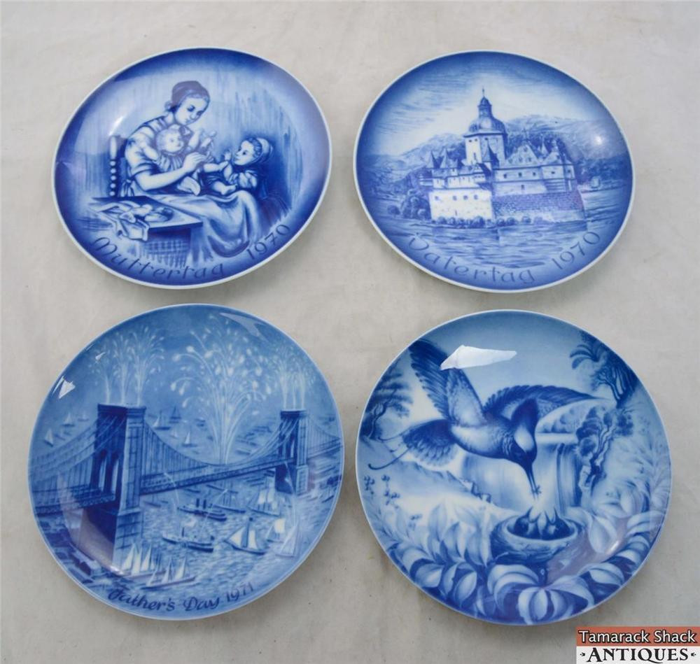 Father'S Day Dinner  4 Blue Mother s & Father s Day Plates 1970 1971 1972