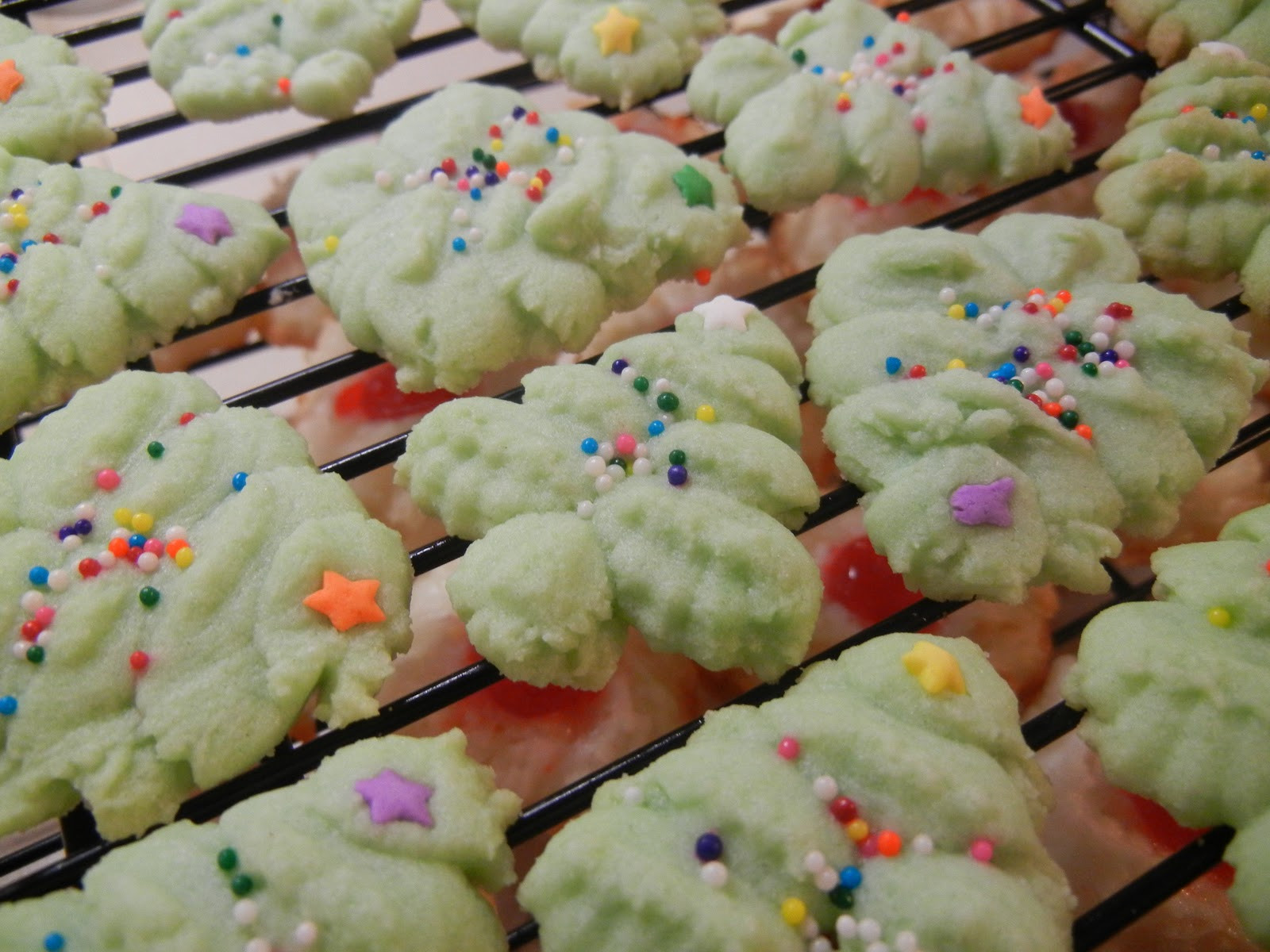 Favorite Christmas Cookies  Big Happy Nest Our Favorite Christmas Cookies
