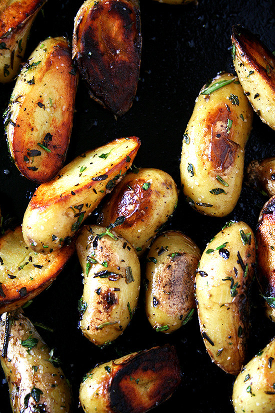 Fingerling Potato Recipe  Fingerling Potatoes with Rosemary and Thyme Crispy or Not