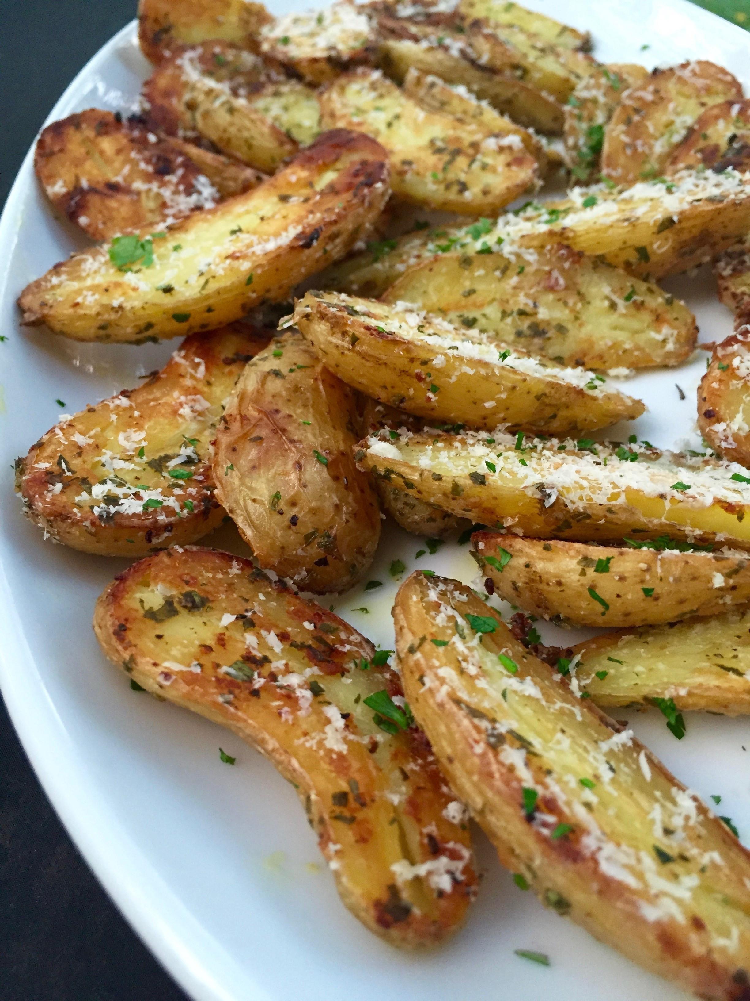 Fingerling Potato Recipe  roasted fingerling potatoes rosemary garlic