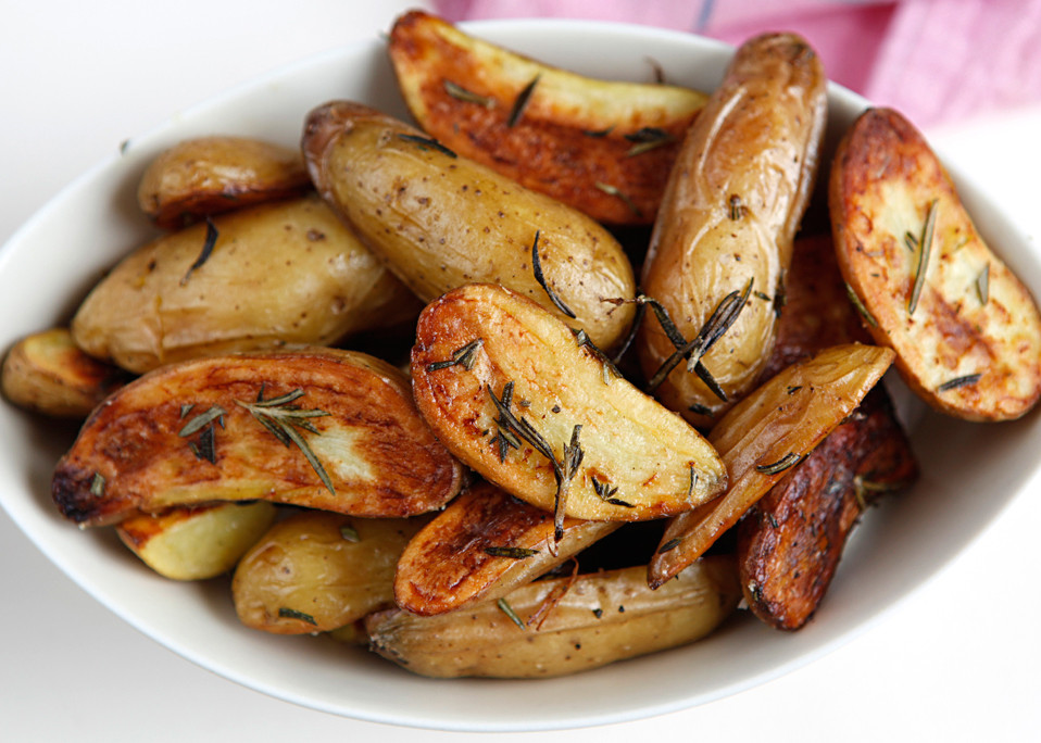 Fingerling Potato Recipe  crispy roasted fingerling potatoes