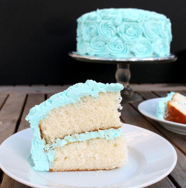 Fluffy Vanilla Cake Recipe  Fluffy White Cake with Vanilla Buttercream Recipe