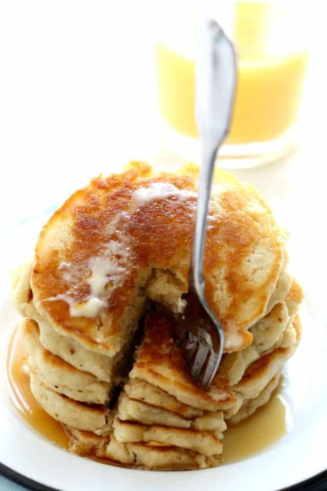 Fluffy Vegan Pancakes  Light and Fluffy Vegan Pancakes The Pretty Bee