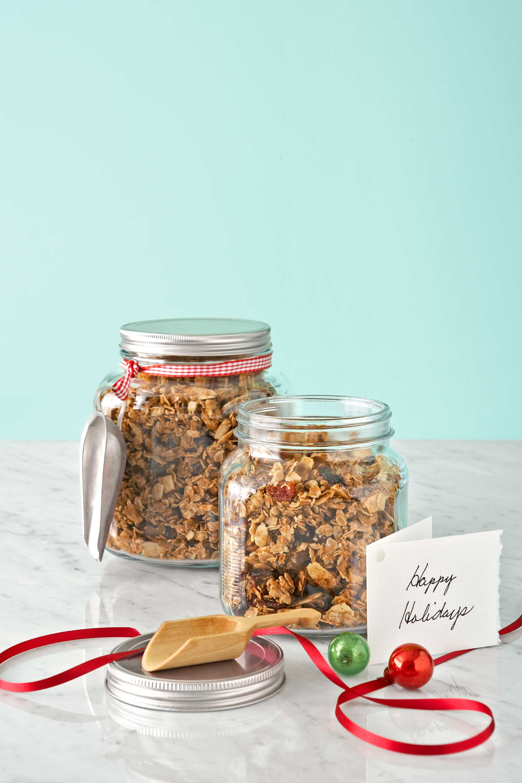 Food Gifts For Christmas  36 Homemade Christmas Food Gifts Edible Holiday Gift Ideas