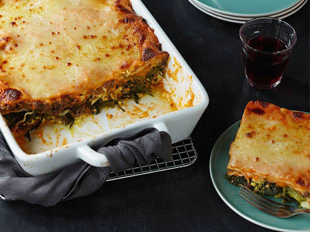 Food Network Lasagna  Classic Italian Lasagna Recipe Giada De Laurentiis